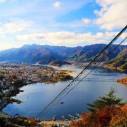 富士山+禦殿場Premiun Outlets(奧特萊斯)+溫泉一日遊